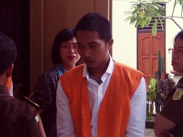 Cabuli Anak SMP,  Pedagang Buah Keliling Diadili