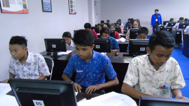 450 Peserta Ikut Festival Teknologi STIKOM Bali