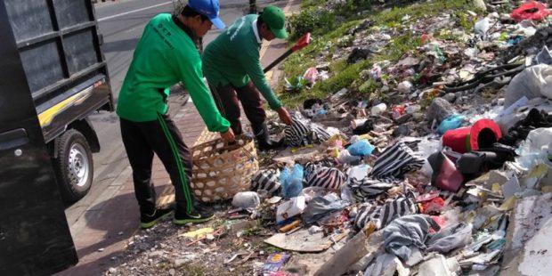 Banyaknya Lahan Kosong Dijadikan TPS Liar-Kecamatan Denbar Gencarkan Penertiban