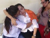 Istri Mang Jangol Pingsan Usai Dituntut 15 Tahun Penjara