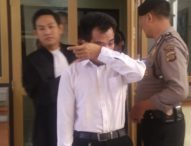 Dibentak Keluarga Korban, Pembunuh Pensiunan Polisi Menangis