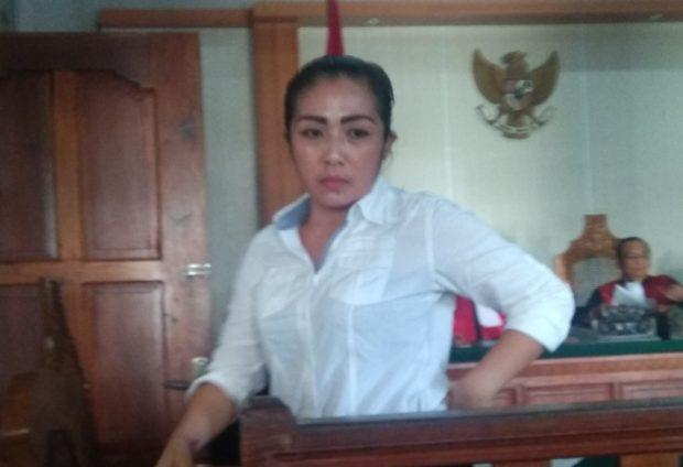 Sebut Punya 5 Anak, Sambil Menangis Istri Mang Jangol Mohon Dihukum Ringan