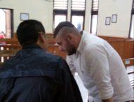 Ketangkap Basah Beli Ekstasi, Bule Italia Divonis 16 Bulan Penjara