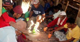 Ritual Pa'o Kwae Pito dan Bau Kwoko, Awali  Atap Rumah Adat Wuka Puken, Lebao