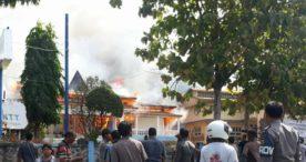 Gedung Ina Mandiri dan Bappeda Flotim  Hancur Lebur  Dlumat Api