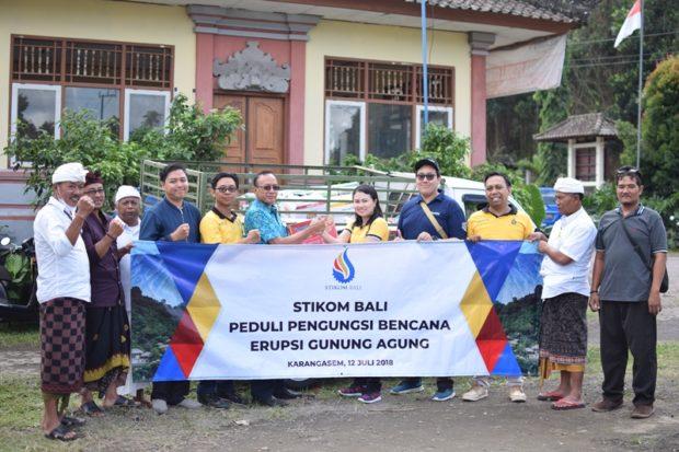 STIKOM Bali Peduli Pengungsi Gunung Agung