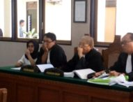Sidang Kasus Perbankan, Hakim Abaikan Kerbaratan Kuasa Hukum Terdakwa