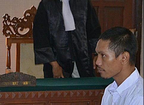 Bakar Rumah Ibu Kandung, Setiawan Dituntut Dua Tahun Penjara
