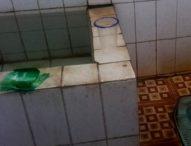 Toilet di Bagian Ekbang Flotim Tak Terurus