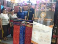 STIKOM Bali Tularkan Iptek Dongkrak Produksi Ekspor UKM Songket Sidemen