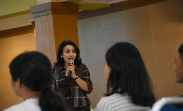 Ketua K3S Ny. Selly Ajak Bersemangat dalam Berkarya