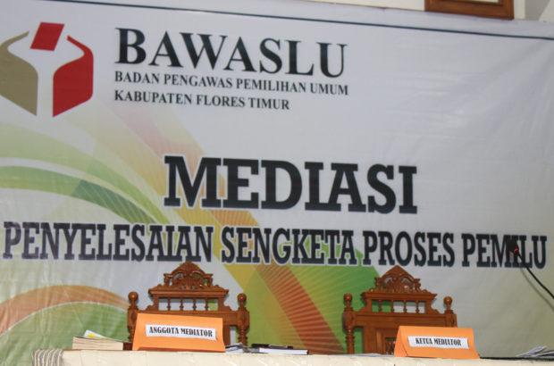 Mediasi Bawaslu Flotim untuk PAN dan Demokrat Gagal