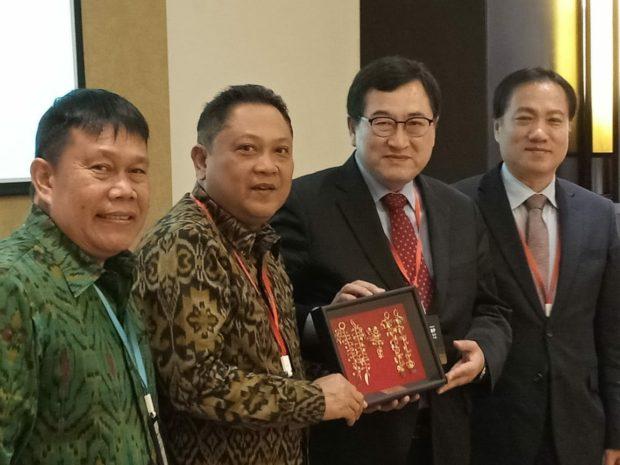 Rai Mantra  Hadiri Konferensi OWHC Ke-3 Di China