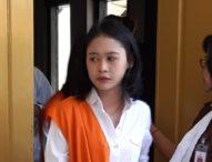 Ditangkap Usai Nyabu Bareng Pacar, Gadis Bertato ini Dituntut 2,8 Tahun Penjara