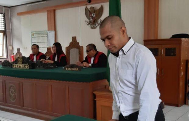 Ditangkap Bawa Tembakau Gorila, Matius Arif Dituntut 7 Tahun Penjara