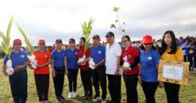 Rai Mantra Ajak Stop Buang Sampah Kesungai dan Kurangi Kantong Plastik