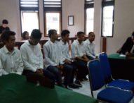 Merusak Sel Tahanan,  Komplotan Tahanan yang Kabur Dari Polsek Denbar Dituntut 2,5 tahun
