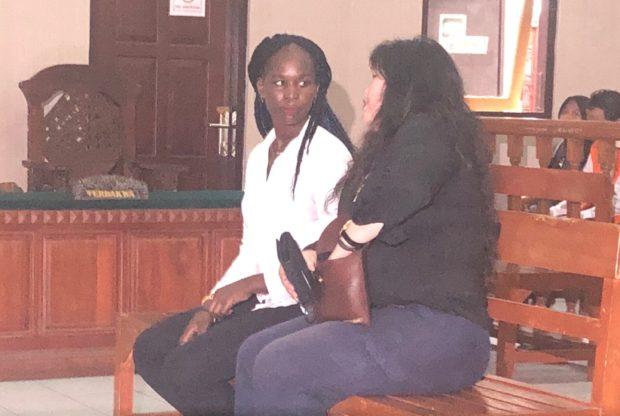 Cekik Pegawai Restauran, Wanita Asal Uganda Diadili di PN Denpasar