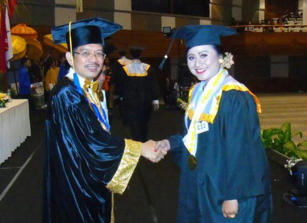 Wisuda XXIV STIKOM Bali Hasilkan 333 Sarjana Komputer dan Ahli Madya Komputer