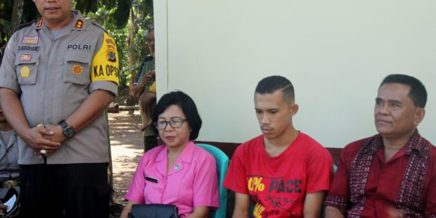 Hendro Jadi Anggota Keluarga Besar Polres Flotim, Kades Riangkemie : Mata Kami Buta