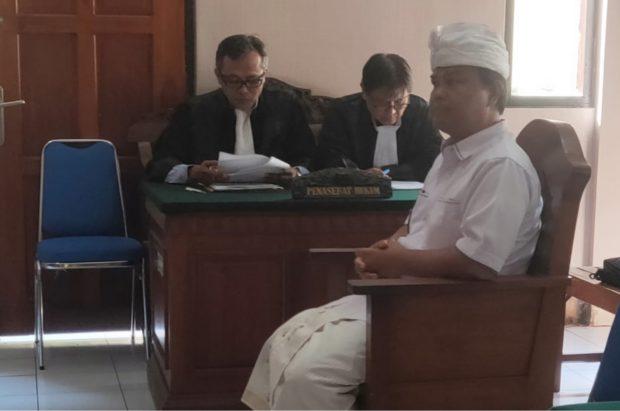 Alit Wiraputra Sebut Dakwaan Jaksa Cacat Formal