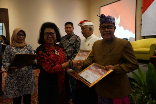 HadiriDialog Publik RRI Denpasar, Rai Iswara Ajak Perkuat Karakter Dalam Bingkai Budaya