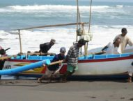 Gelombang Tinggi, BMKG Minta Nelayan Waspada