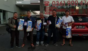 Mitsubishi Xpander Indonesia (MIXI) Semeton Bali Galang dan Salurkan Bantuan Sosial