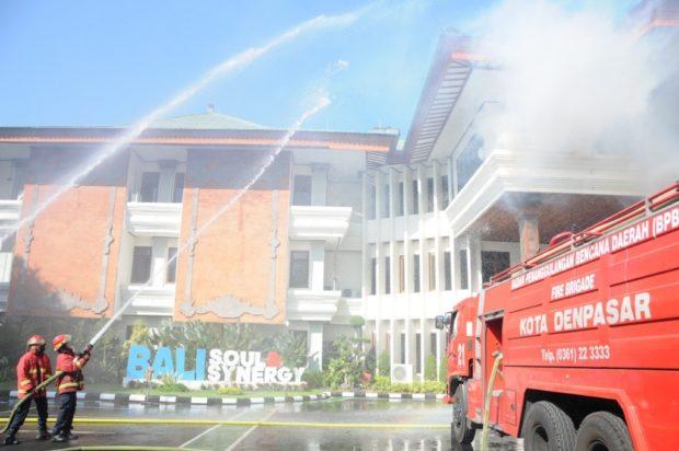 PLN UID Bali Terbakar, Tiga Pegawai Alami Luka-luka