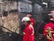 Tabung Gas Disambar Api Bekas Dupa, Rumah di Jalan Ratna Ludes Terbakar