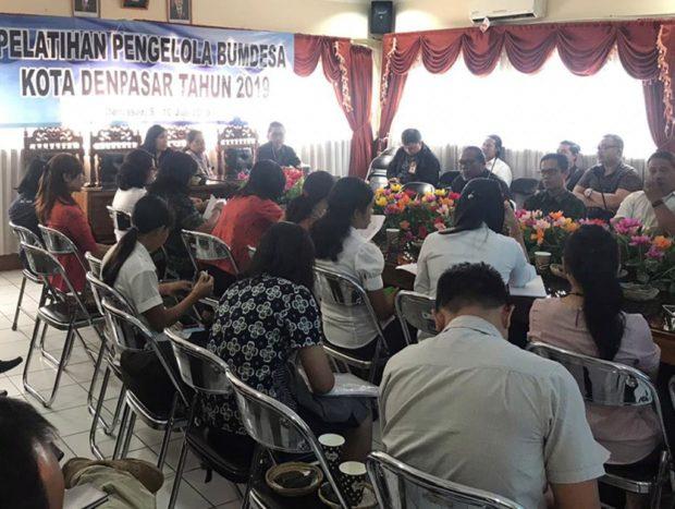 Dorong Tumbuh Kembangnya Bumdes Pemkot Denpasar Latih Keterampilan Manajemen