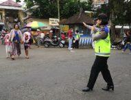 Peringati HUT ke-71, Polwan Polres Bangli Turun ke Pasar Kidul