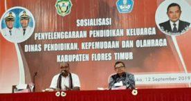 Dinas PKO Flotim Luncurkan Sapta Keluarga Lamaholot Peduli Pendidikan