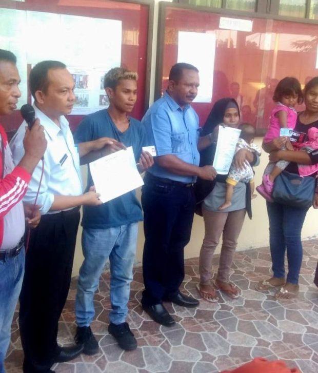 Dukcapil Flotim Hapus Duka Buruh Migran Asal Flotim di Nunukan dan Tarakan