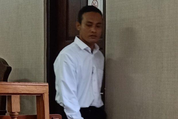 Maling Obat HIV, Karyawan Swasta Diadili
