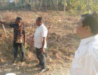 Bupati Flotim Tinjau Lokasi Rencana Pembangunan Gedung Puskesmas Latonliwo
