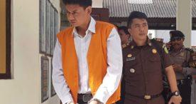 Gigolo Pembunuh SPG Mobil di Penginapan Dituntut 12 Tahun Penjara
