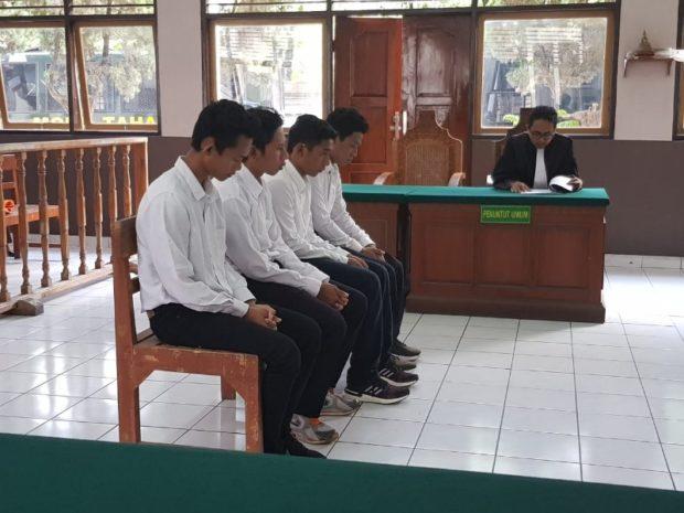 Komplotan Pembobol Vila Dituntut 2 Tahun Penjara