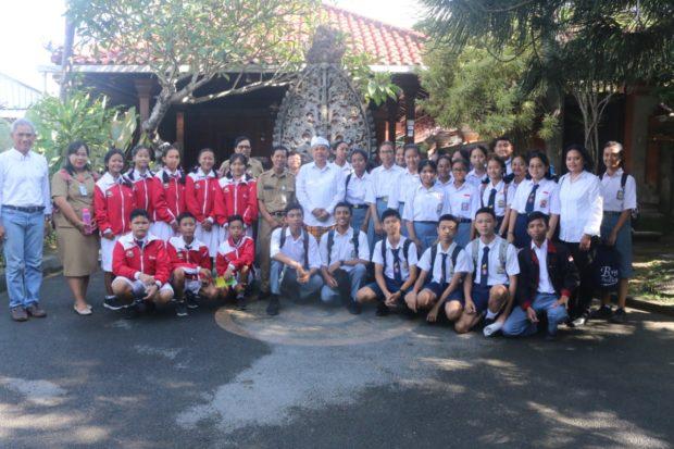 12 Tim Peneliti Muda Kota Denpasar Siap Berkompetensi di Thailand