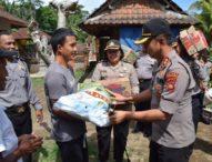 Polres Badung Bantu Warga Kurang Mampu di Abiansemal