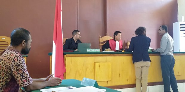 Sidang Praperadilan Frank Lamanepa Vs Polres Flotim Digelar