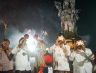 Tiupan Sangkakala Tandai Malam Pergantian Tahun di Kota Denpasar