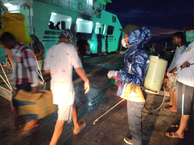 Kapal SN Turunkan 52 Penumpang di Solor, Tim Pencegahan Covid-19 Siaga