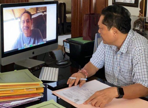 Rai Mantra Pimpin Rapat Koordinasi Penanganan Covid-19 ViaTeleconference