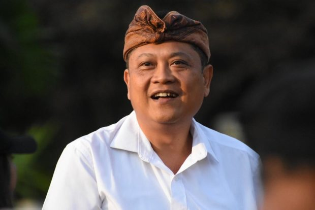 Walikota Rai Mantra Pimpin Rapat GTPP bersama Lurah/Perbekel dan Bendesa Adat