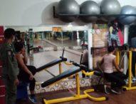 Satpol PP Denpasar Bubarkan Kegiatan Senam Kebugaran di Studio Senam