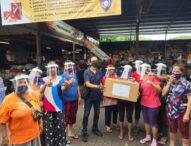 Pedagang Pasar Pasah Pemecutan Terima Bantuan Face Shield, Dari K3S Denpasar