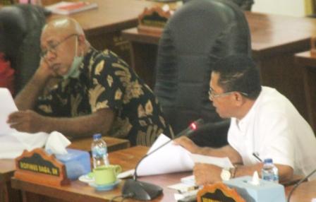 DPRD Flotim Minta BPK RI Audit Dua OPD Pengelolah Dana Covid-19