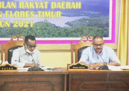 Ketua DPRD Flotim Kembali Pimpin Sidang, Cematan Mosi Tidak Percaya Tercabut Satu Persatu
